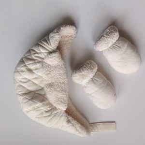 Joe Fresh Infant Quilted Hat & Mittens Set * 12-24M